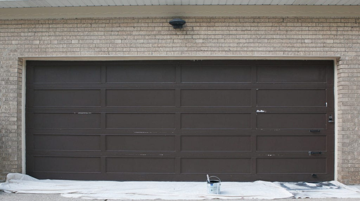 Best Garage Door Materials to Consider